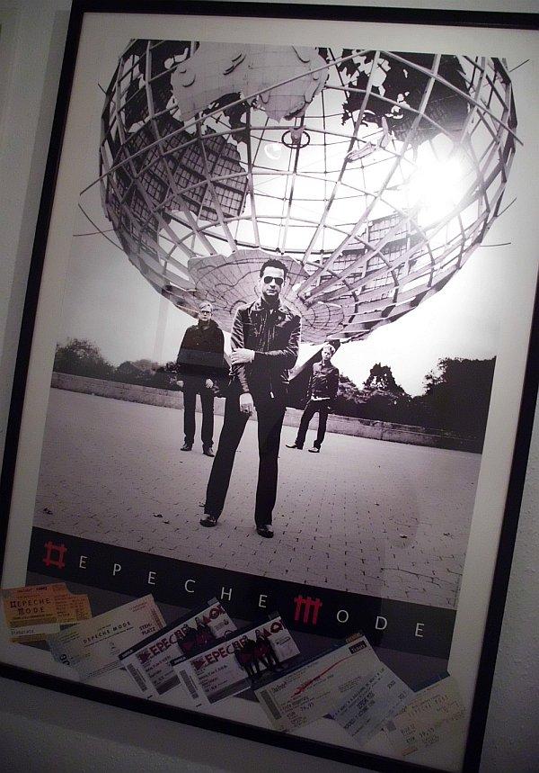 2013-depeche_mode_framed