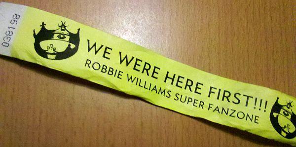 2013-robbie-band